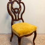 Kasepuidust ning uue vedrupolstriga tool XIX sajandi lõpust.