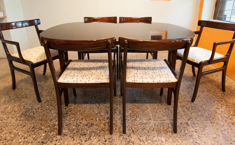 Moderne klassika – Ole Wancher laud toolidega.